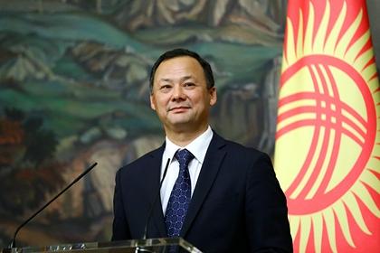 Киргизия предложила России расширить авиабазу Кант