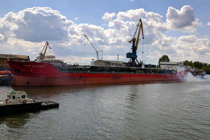Раскрыто будущее российского танкера после взрыва
