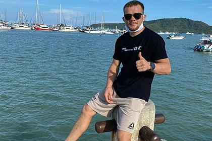 Петр Ян отреагировал на победу Нурмагомедова