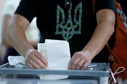 На Украине за два часа голосования на местных выборах завели шесть уголовных дел
