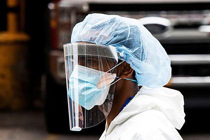 Назван срок появления американской вакцины от коронавируса