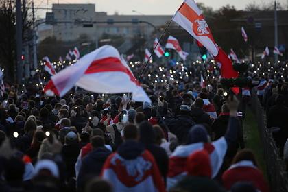 Власти Белоруссии сообщили о нападении протестующих на отделение милиции