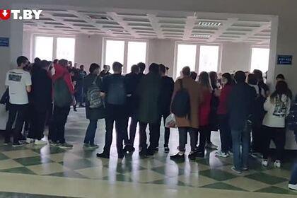 Акции солидарности студентов белорусских вузов попали на видео