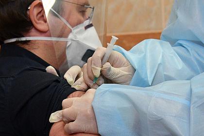 У 85% привившихся вакциной от коронавируса «Спутник V» не было побочных  эффектов: Яндекс.Новости