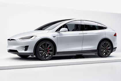 Tesla отзовет десятки тысяч электромобилей