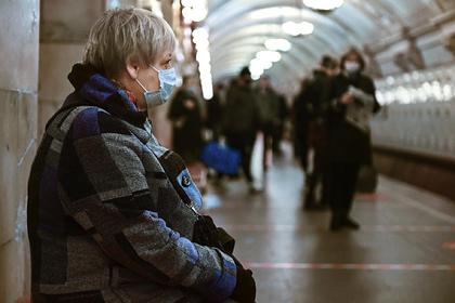 Россиянам назвали год завершения пандемии коронавируса