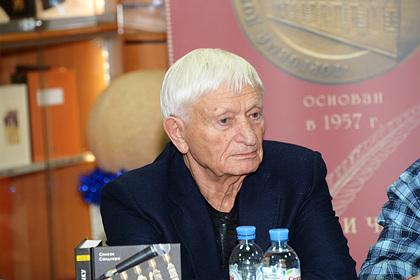 85-летнего отца Агутина госпитализировали скоронавирусом