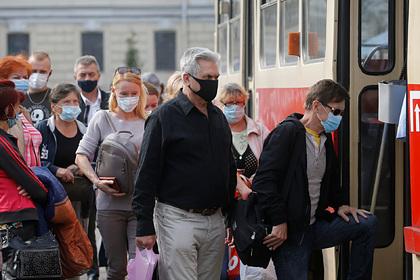 Украина продлила режим ЧС из-за коронавируса до конца года