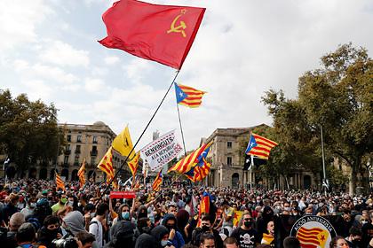 В деле сепаратистов Каталонии появились 10 тысяч российских солдат