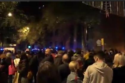 Протестующие в Каталонии спели «Калинку»