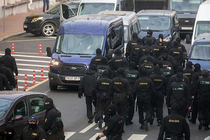 МВД Белоруссии заявило о праве силовиков врываться в квартиры