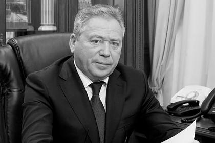 Мэр Уфы умер после заражения коронавирусом
