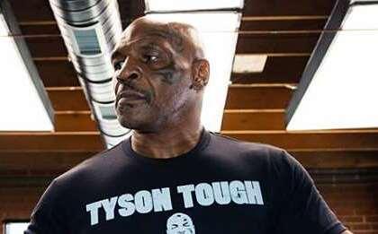 Майк Тайсон и Рой Джонс пообещали настоящий бой вместо выставочного