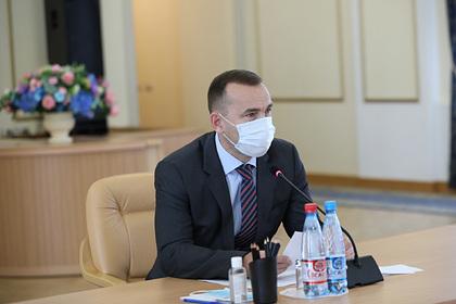 Губернатор Курганской области обсудил лечение COVID-19 с военными медиками