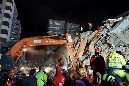 Возросло число погибших при землетрясении в Турции