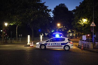 Стрелявшего рядом с церковью в Лионе мужчину задержали