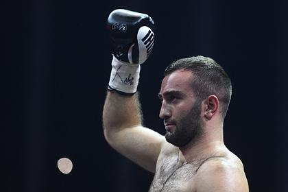 Гассиев победил нокаутом в первом раунде в дебютном бою в супертяжелом весе