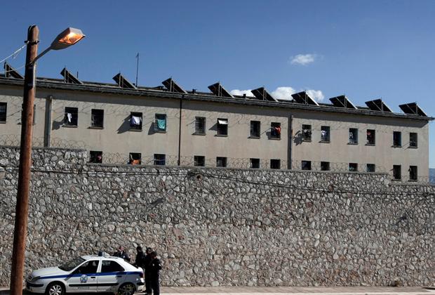 Тюрьма Коридаллос, Афины