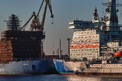 В России построят десять ледоколов за десять лет