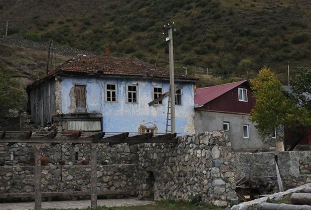 Постройки в селе Унал