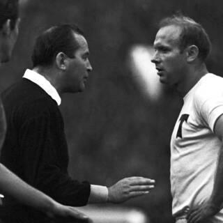 Эдуард Стрельцов (справа), 1968 год