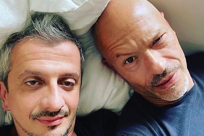 Собчак отреагировала на фото супруга в кровати с Бондарчуком