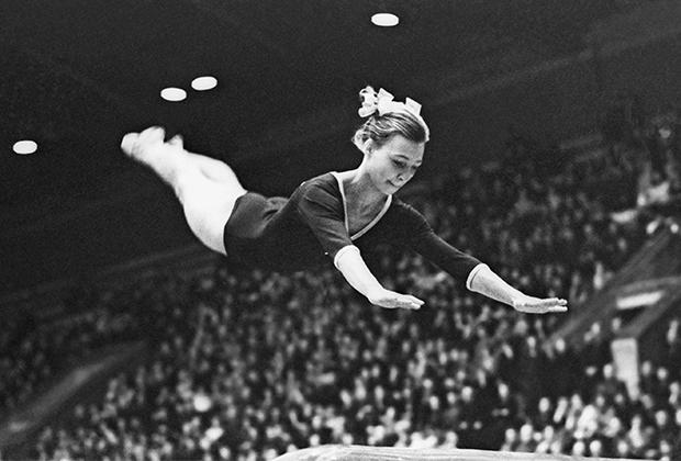 Наталья Кучинская на чемпионате СССР-1965