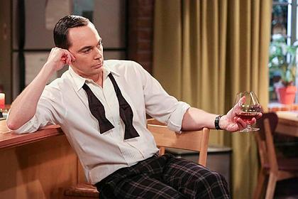Актер из сериала «Теория большого взрыва» объяснил свой успех гомосексуальностью
