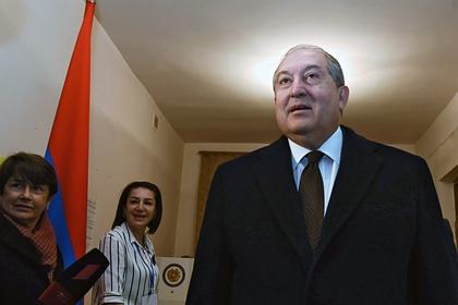 Президент Армении узнал о соглашении по Карабаху из СМИ