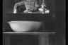Автопортрет фотографа — лейтенанта Гасмуса в блиндаже на передовой. Западный фронт, 1916 год.