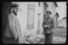 Немецкие офицеры на одной из улиц города. Западный фронт, 1916 год.