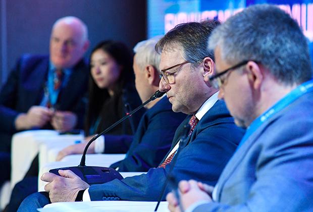 Уполномоченный при Президенте РФ по защите прав предпринимателей Борис Титов на Ялтинском международном экономическом форуме в Крыму.