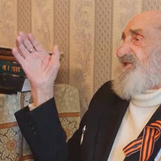 Российский ветеран подарил квартиру внучке и оказался под угрозой выселения
