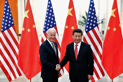 Джо Байден и Си Цзиньпин в 2013
