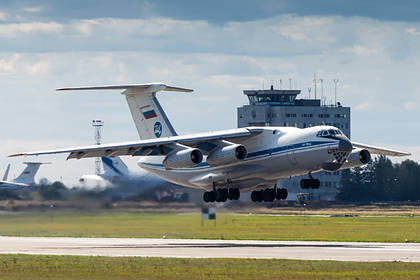 В Армению прибыли 20 самолетов с российскими миротворцами