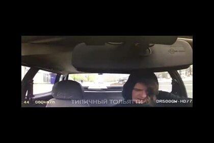 Россиянин под наркотиками угнал полицейскую машину и попал на видео