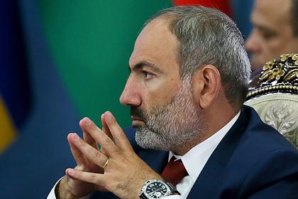 В армянской оппозиции предложили отменить военное положение и отставить Пашиняна