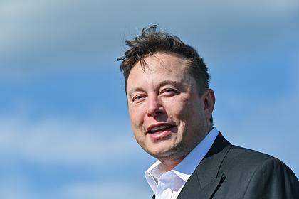 Илон Маск попал втройку самых богатых людей мира