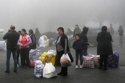 Армяне собрали деньги жителям попавших под контроль Азербайджана территорий