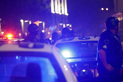 Несколько человек получили ножевые ранения в церкви в Калифорнии