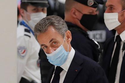 Николя Саркози оказался на скамье подсудимых из-за коррупции