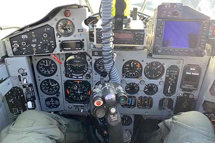 Подрядчик ВВС США похвастался личным МиГ-29 с надписями на русском