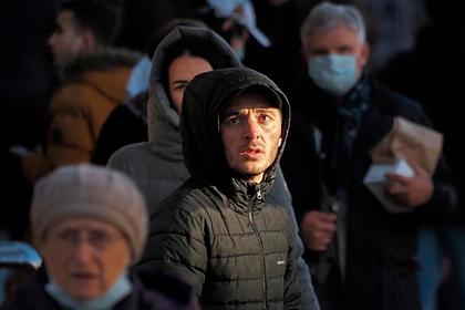 Роспотребнадзор назвал возможные сроки сохранения ограничений в России