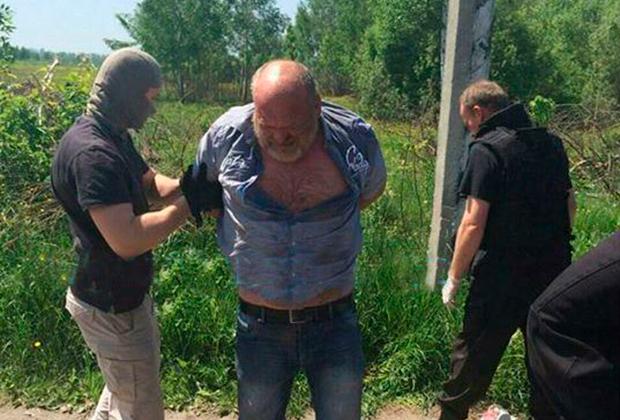 Пирожок был задержан в результате спецоперации МВД и СБУ при попытке продать две боевые гранаты
