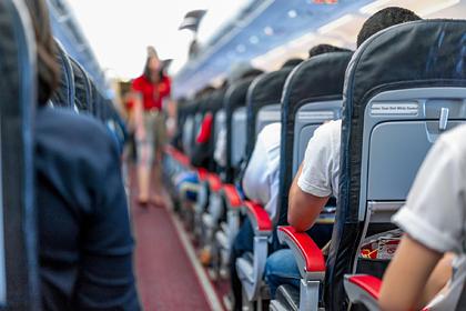 Российская стюардесса перечислила самые нелепые вопросы пассажиров