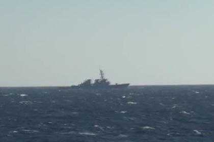 Эсминец «Джон Маккейн» у российских границ попал на видео