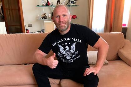 Харитонову стало стыдно за конфликт с избившим его бойцом ММА