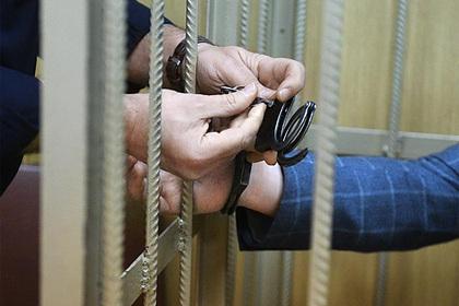 Россиян посадили за групповые изнасилования девственниц из соцсетей