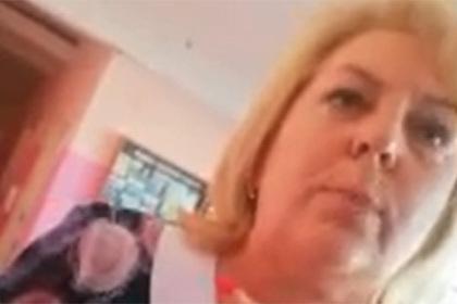 Российская учительница обматерила идущего в туалет школьника