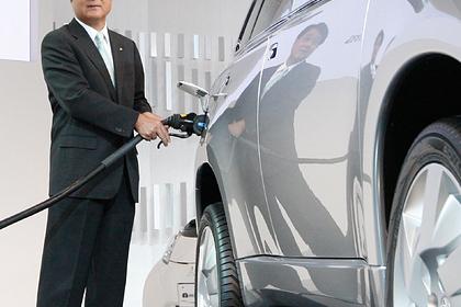 Японцам дадут деньги на покупку электромобилей